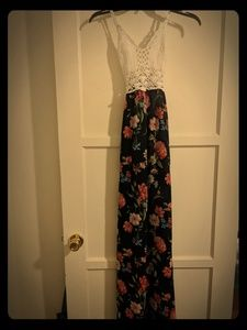 It a long summer Dress size Medium